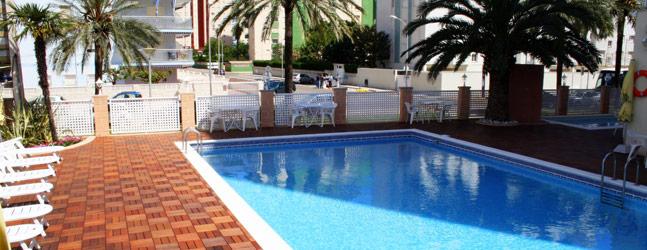 Hotel gandia hotel familiar en playa de gandia 962 841 300 for Hoteles con habitaciones familiares en espana